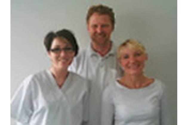 Zahnarzt Hecker-Cavelius aus Bochum