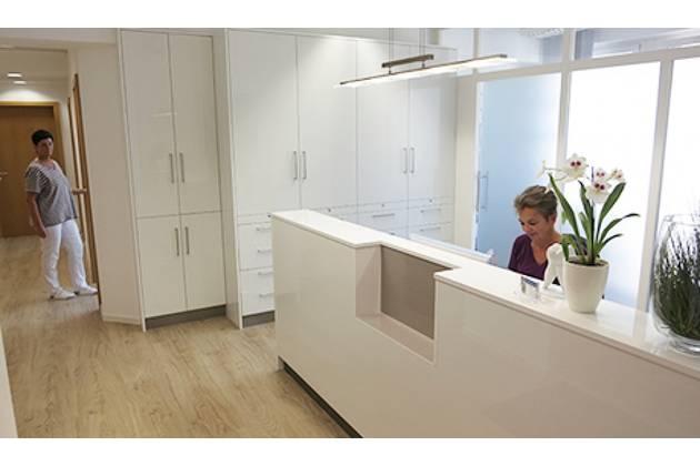 Zahnarzt Bernd Schleper aus Hannover - Professionelle Zahnreinigung