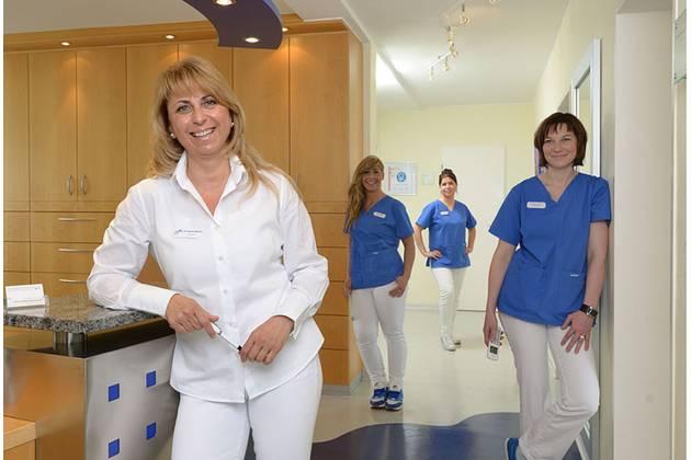 Zahnarztpraxis Annemarie Teutsch-Schlosser in Hanau