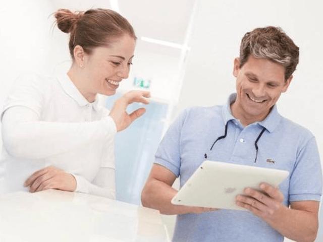 Zahnarztpraxis Dr. Pierre Hobbach in Stuttgart-Zahnarzt