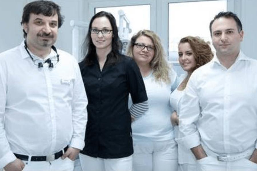 Zahnarzt DanielPeledDmitrijAgarkov aus Berlin