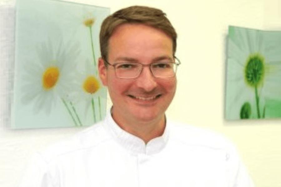 Zahnarztpraxis Herr Dr. Dach in Warburg